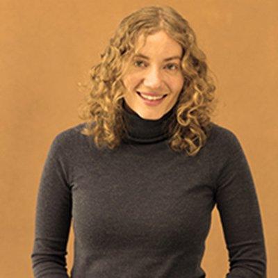 Caitlin Stern